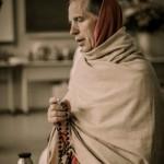 sacinandana swami japa beads