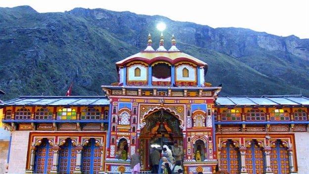 श्री बद्रीनाथ मंदिर, बद्रिकाश्रम, में हरिनाम उत्सव